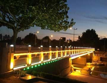 滨州市新立河黄河五路和八路桥亮化改造完工