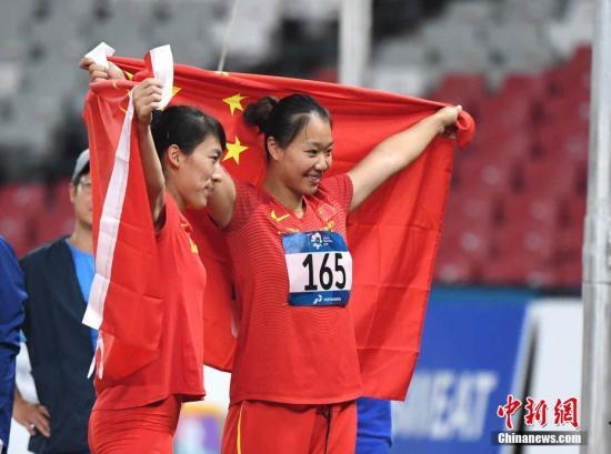 中国女子标枪包揽冠亚军 刘诗颍打破赛会纪录夺冠