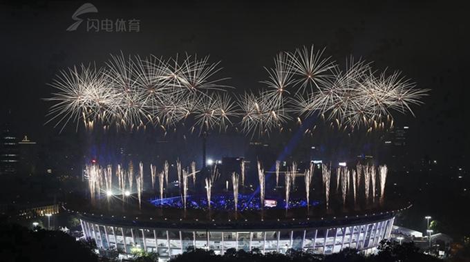 郭丹担任旗手  2018雅加达亚运会完美闭幕