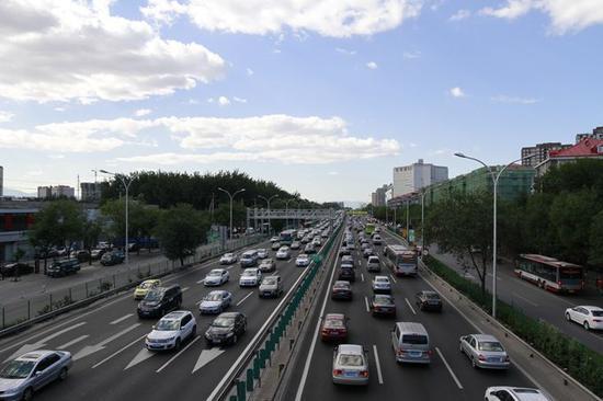北京明日机场高速将频繁管制 长安街分时分段管制