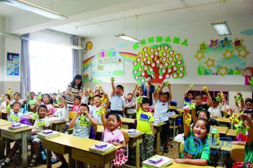 老校教师向新校流动 青岛城区人口变迁引教育资源变局
