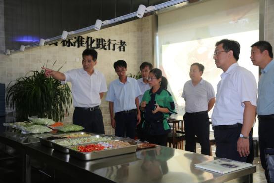 山东省食药局陈耕副局长来东营区调研食品安全工作