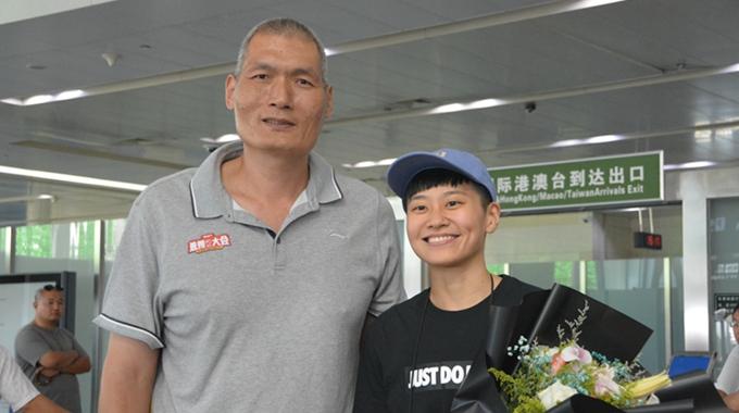 山东女篮的台湾美女内援来了!