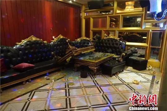 广东廉江一打砸娱乐场所的恶势力犯罪集团被摧毁