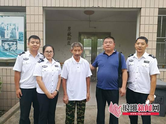 临沂市救助管理站帮助徐州七旬老人踏上回家的路
