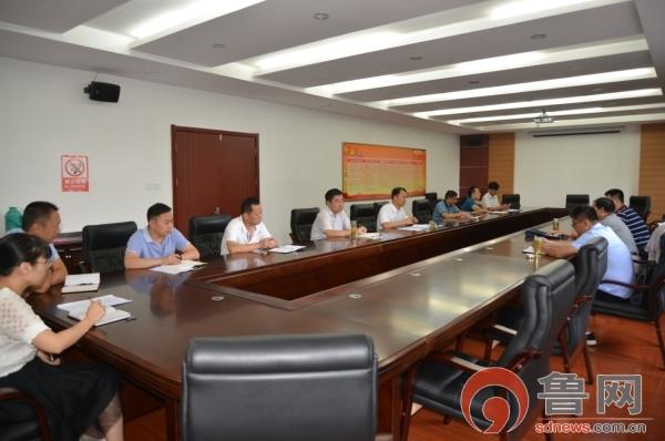 枣庄市民政局到滕州督导扫黑除恶及社区建设工作
