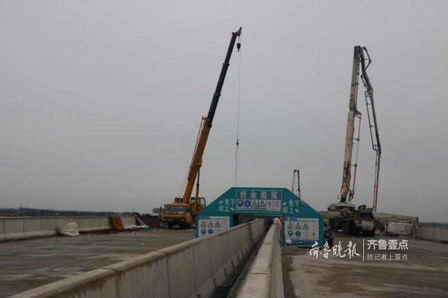 最新消息!国内最大V型墩转体桥现浇合拢段浇筑完成