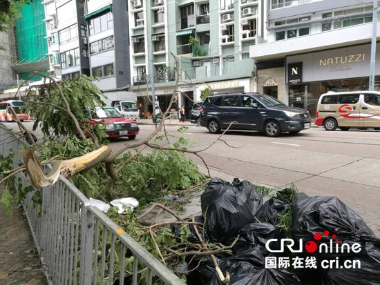 香港安然度过有史以来台风引发的最大风暴潮