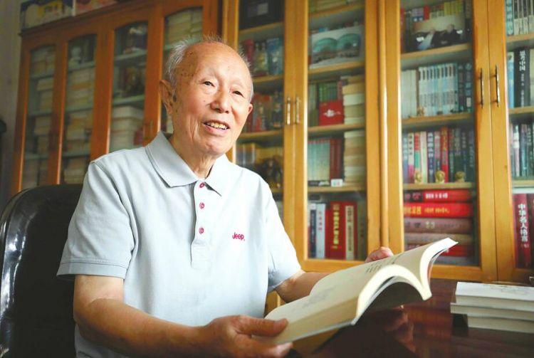 87岁老战士任治己见证济南解放以来巨变