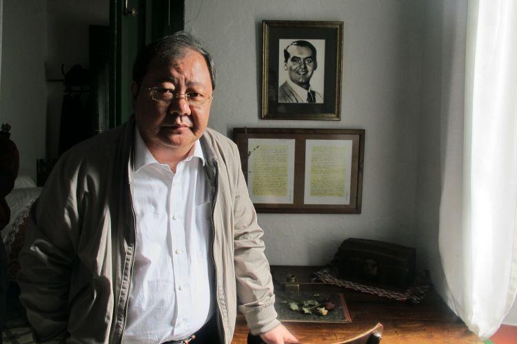 著名诗人吉狄马加:诗歌是一个民族精神世界的密码