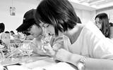 高校被指上课教喝酒 师生:品酒不等于喝酒