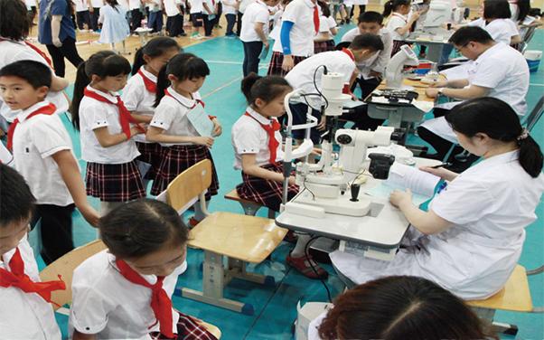 8山东省青少年视力低下流行病学调查