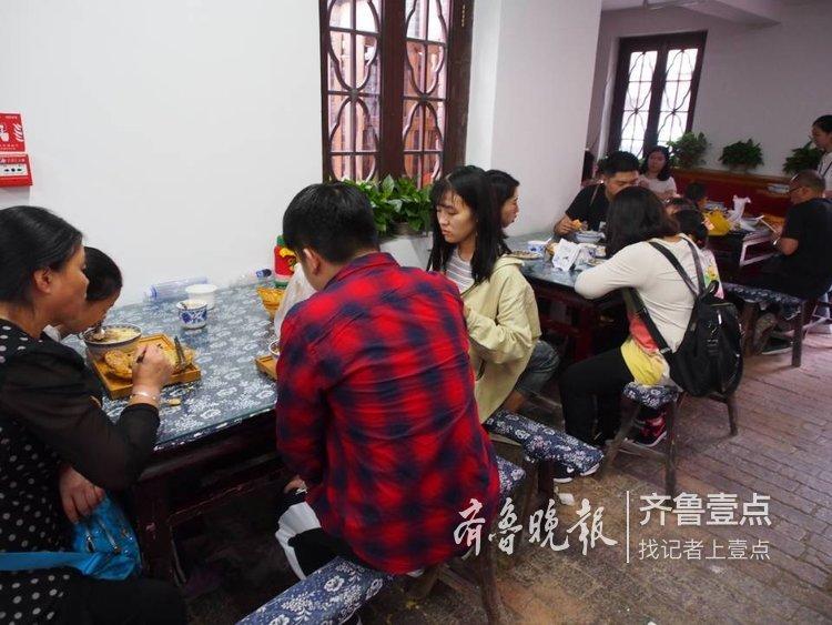 济南明府城的泉水豆腐火了!