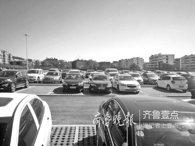 """小长假泰安免费车位增至2800,景区停车场""""无缝连接"""""""