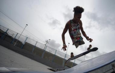 委内瑞拉无腿小伙:用积极的态度面对人生