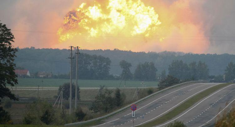 乌克兰军火库突然爆炸 俄专家:可能是掩盖盗卖武器手段