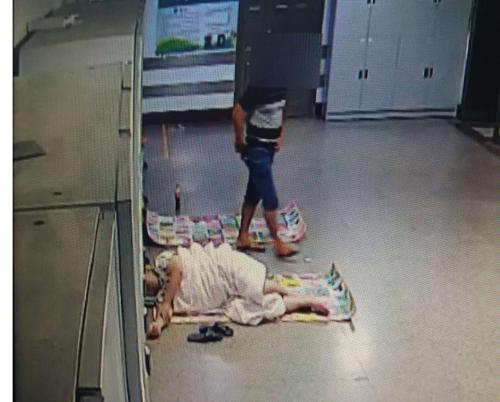 窃贼假装在医院陪护 实则找机会盗窃