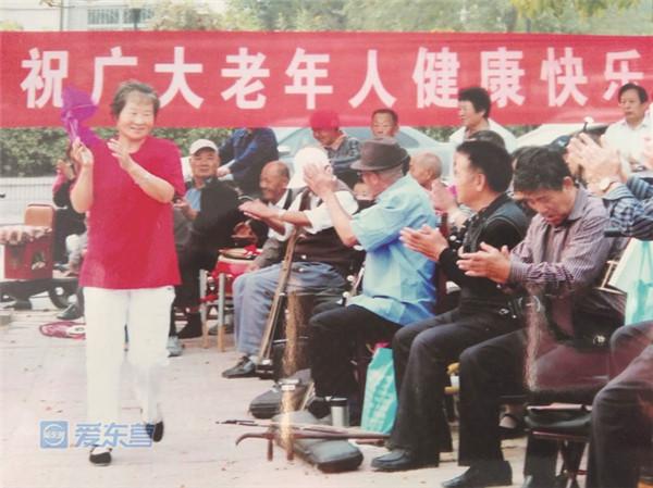 东营十佳模范老人候选人朱静波:热心助人 情暖晚霞
