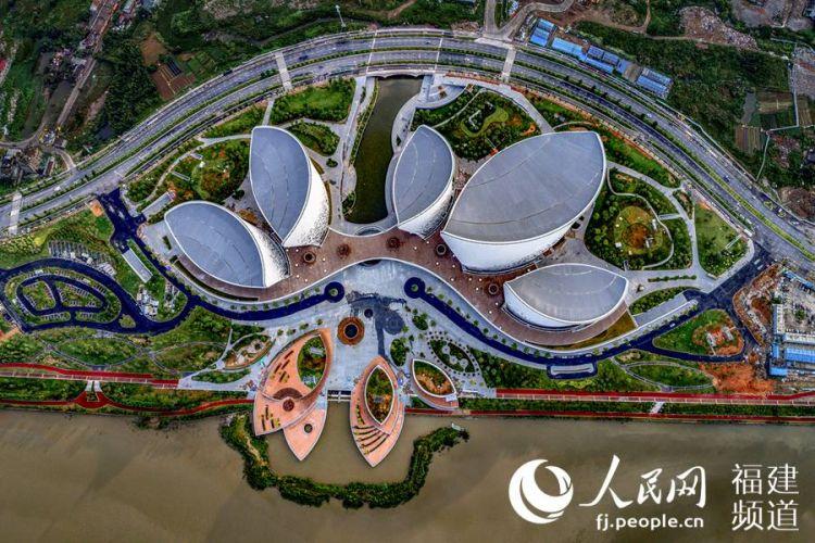 """中国爱乐乐团奏响""""第一声"""" 海峡文化艺术中心""""花开""""福州"""