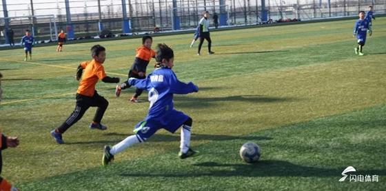 11名学生靠足球特长顺利考入潍坊知名中学