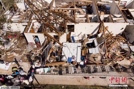 """飓风""""迈克尔""""在美致至少6人死亡 小城面目全非"""