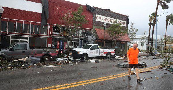 美再遭飓风侵袭致大面积破坏:建筑物被摧毁 已有至少七死