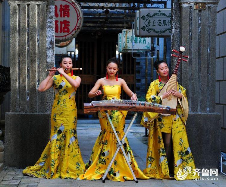 中国青年民族乐团 (2).JPG
