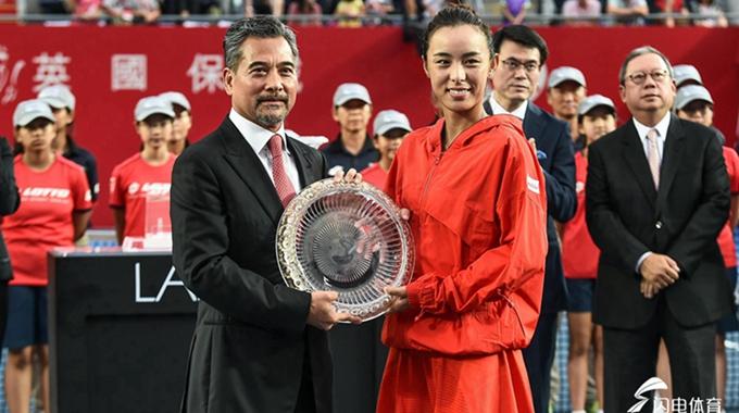 2018香港网球公开赛女单决赛:王蔷0-2雅丝特莲丝卡