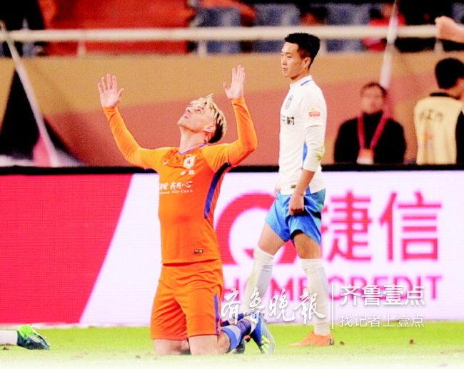 格德斯破门,迎来中超首球,鲁能2:0轻取天津泰达