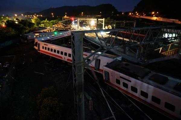 台铁:已致17人遇难列车系日本引进,有过弯不减速功能
