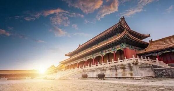 """纪录片《紫禁城》让故宫文化被更多年轻人""""带回家"""""""