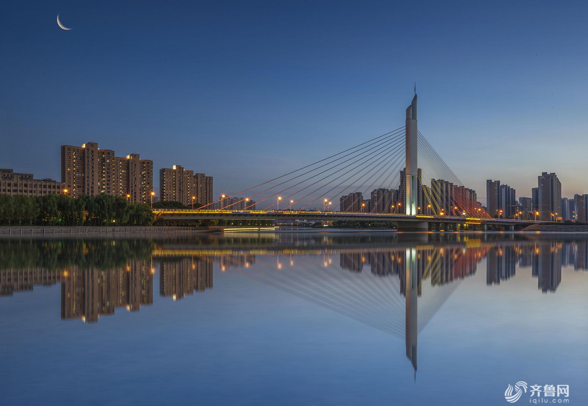 滕州解放大桥夜景