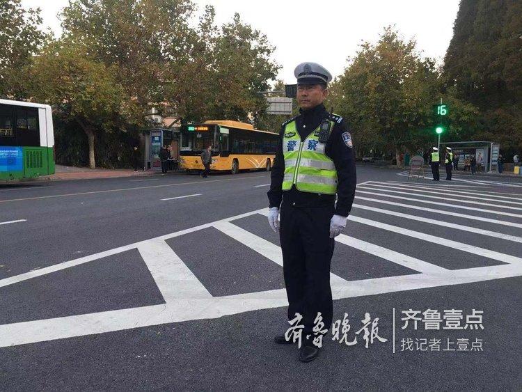 警官�y�-��+_青岛警官马拉松俱乐部成员