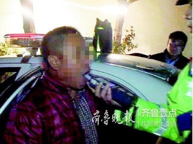 济南这位酒司机挺任性:一度赌气罢吹,吹13次才成功