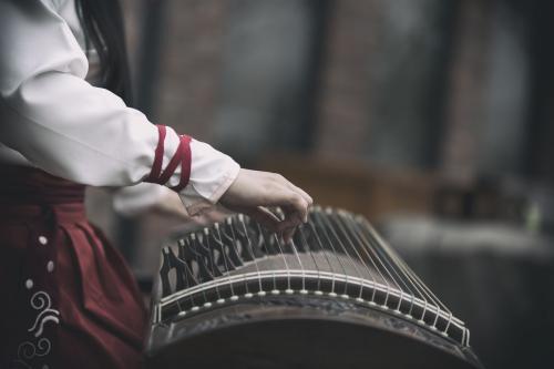 山东省首届青年古筝技能大赛在淄博举办