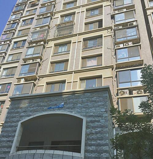2岁女童独处意外从7楼窗台坠下 近年儿童坠楼频发生