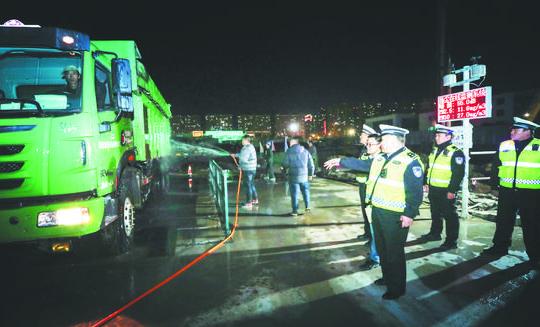 张店交警开展交通违法整治工作 多辆渣土车闯禁区被从严从重处罚