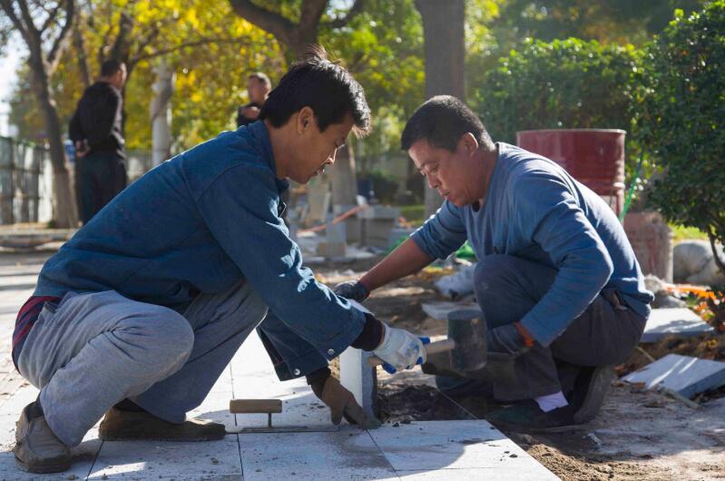 聊城:改造人行道 提升幸福路