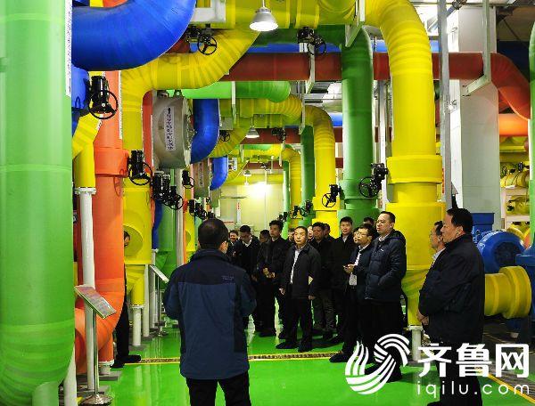 社会监督员参观位于济南高新区的中国移动(山东济南)云数据中心