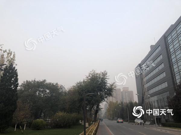 今天北京霾持续 周日风来霾消散雨雪飘落