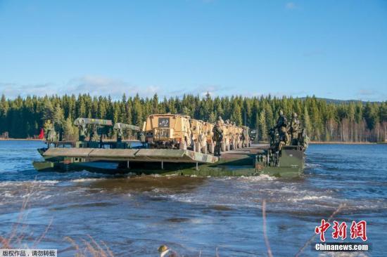 北约举行冷战后最大规模军演 俄派巡逻机低空飞越
