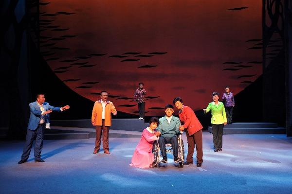 《尚贤村的烦心事》11月6日在声远舞台首演