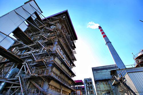 11月2日,济南最大热电联产锅炉启动