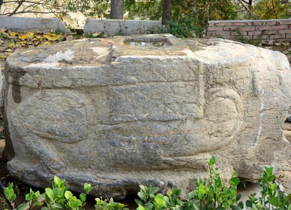 茌平挖出景隆禅寺残碑 出土残石地为景隆寺原址