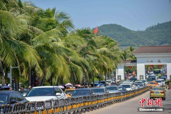 海南首家中外合资旅行社投入运营