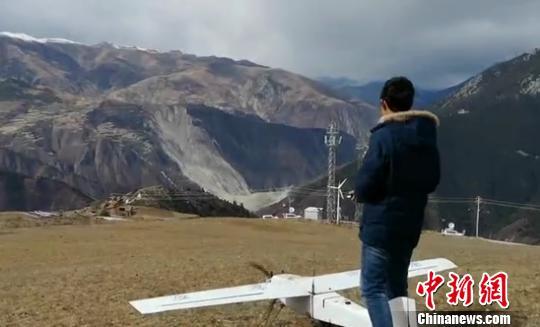金沙江白格堰塞湖无人机航空影像正在获取中