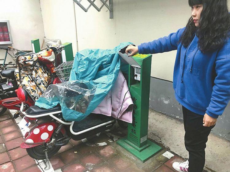 济南多社区投用共享充电桩,专家:1块钱是个坎儿