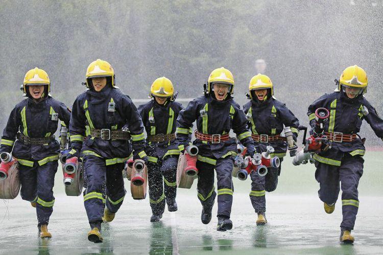 华丽转身使命未变 守护安全,济南消防一直在路上