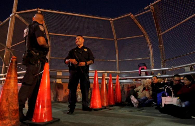 美政府采取措施 将禁止非法越过美墨边境者申请庇护