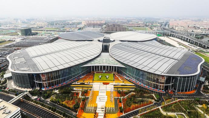 """国家会展中心为何长成""""四叶草""""?走完需要多久?"""